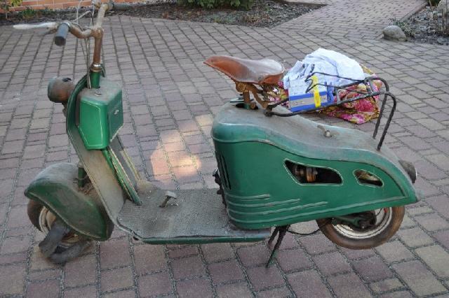 """Le """"Klein Mego"""" l'aïeul des Simson, IWL et MZ... Motor_roller1"""
